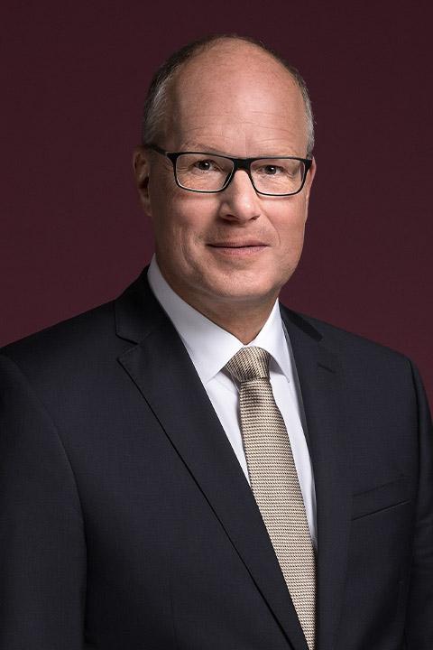 Dr Jürgen Brandes, Chief Officer Components