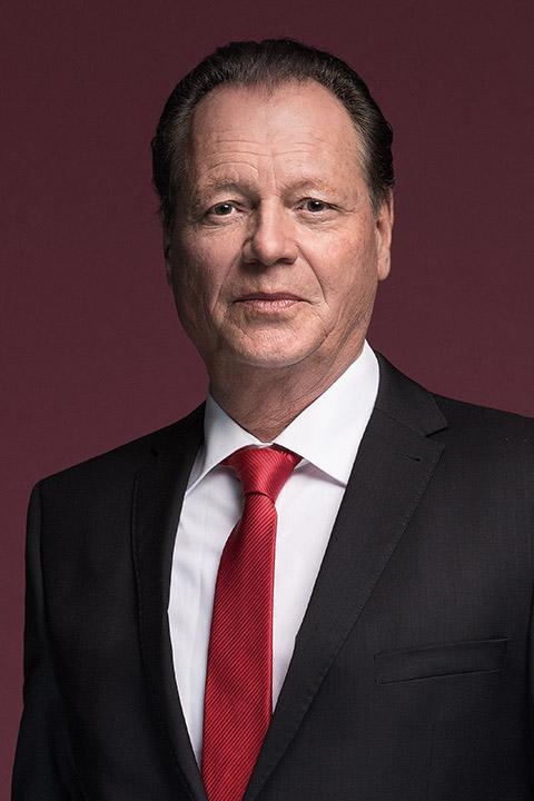 Dr Albrecht Köhler, CEO