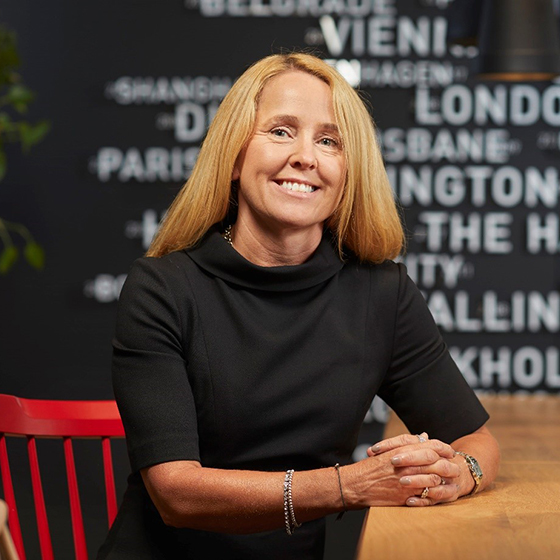 Vanessa Hall (Vorsitzende),